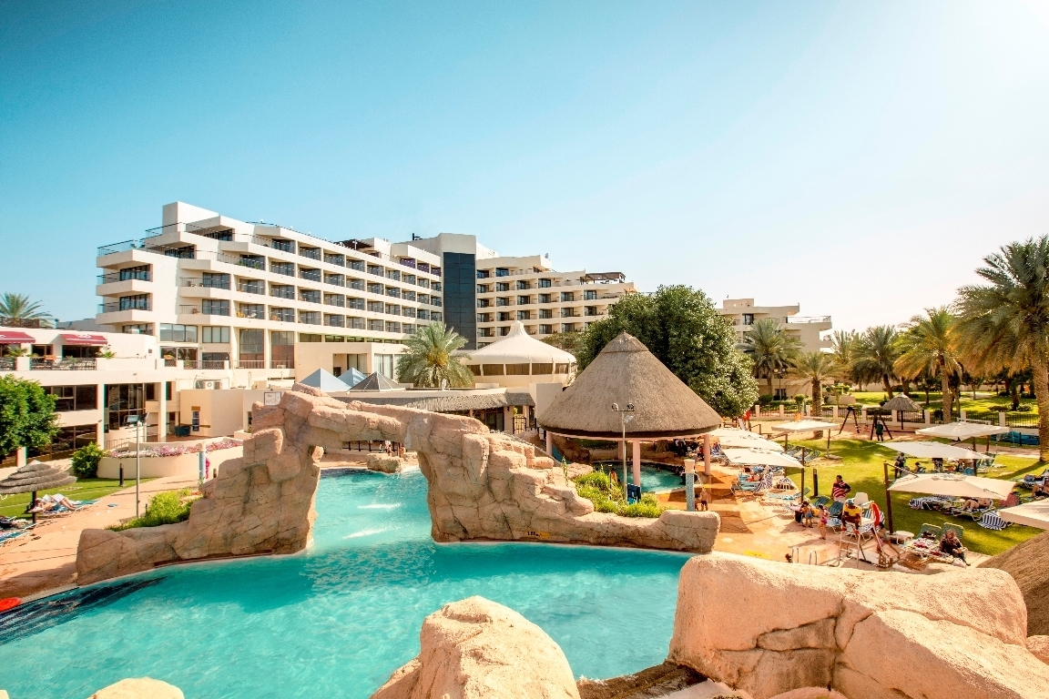 Al Ain Hotels - Hilton Al Ain Hotel, UAE Photo studio in al ain